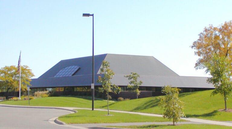 Wescott Library in Eagan, MN, Photo Taken by William Wesen 10/01/2006